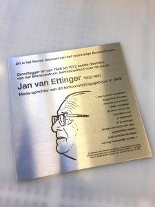 Ettinger naamplaat