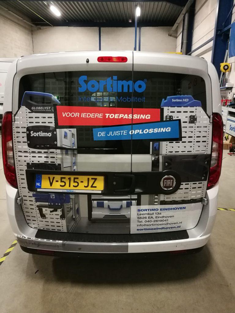 Auto reclame in Rotterdam