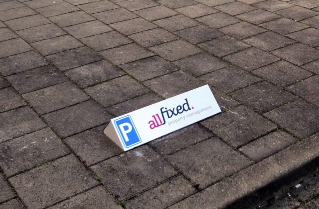 parkeerborden betonbord