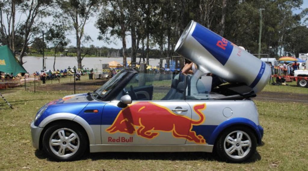 autobelettering Red Bull